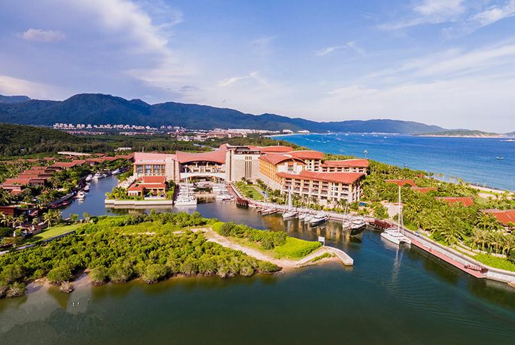 三亚亚龙湾瑞吉酒店
